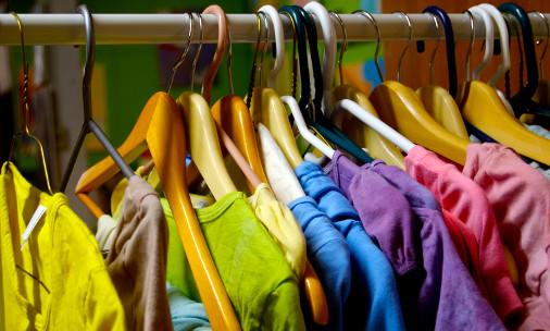 Caritas Foligno: appello raccolta per abbigliamento estivo